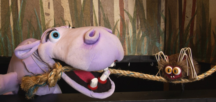 TTTrickster-anansi-with-hippo-and-rope-web